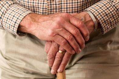 Bezpłatne porady i spotkania dla seniorów