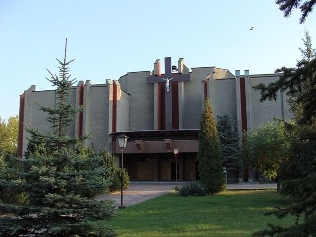 Parafia Trynek - Kośćiół pw. Matki Boskiej Częstochowskiej