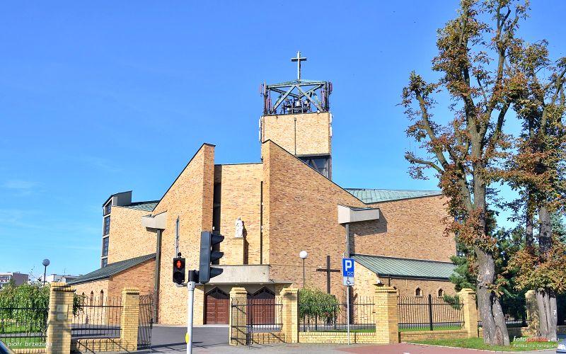 Łabędy - Kościół pw. św. Anny