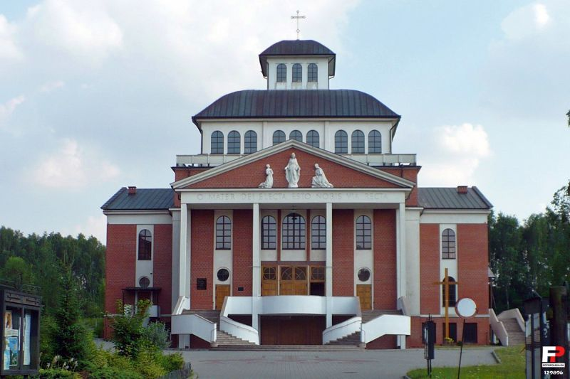 Kopernik - Kościół pw. Matki Boskiej Kochawińskiej
